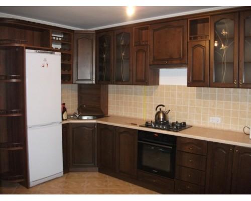 Современная угловая кухня в классическом стиле М-58