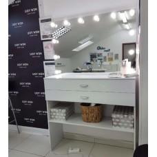 Туалетный столик с зеркалом и освещением М-9