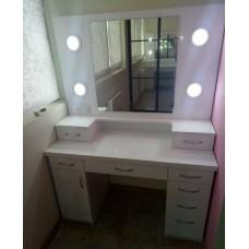 Туалетный столик М 5