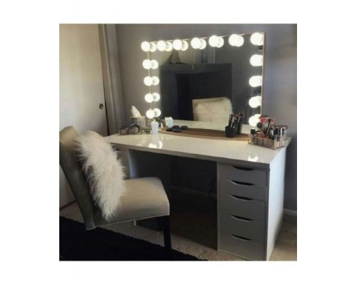 Masa alba toaleta cu sertare de machiaj si oglinda M 7