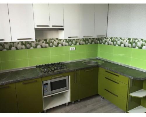 Бело-зеленая кухня Модель M-49