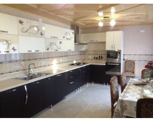 Кухня угловая на заказ Модель M-26