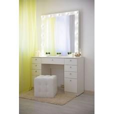 Туалетный столик с зеркалом и освещением М-15