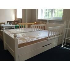 Patucuri pentru copii din lemn masiv M-8