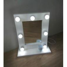 Зеркало c освещением М-12