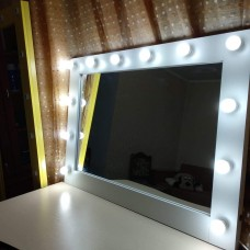 Зеркало c освещением М-16