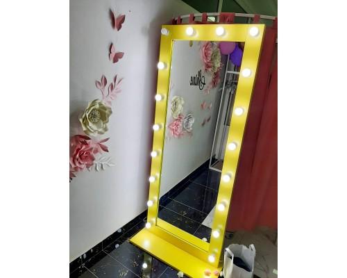 Oglinda cu iluminare M-5
