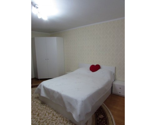 Pat pentru dormitor (la comanda) М-08